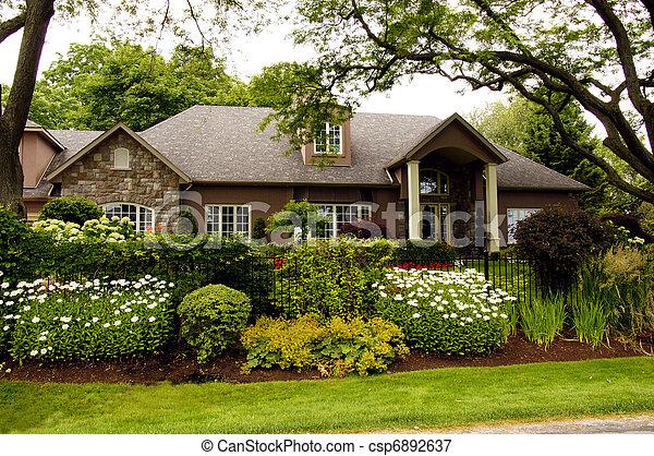 家, 贅沢, 庭 - csp6892637