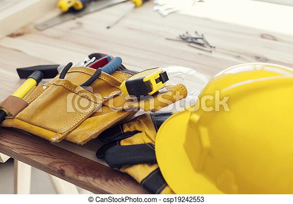 専門家, 建築作業員, 仕事場 - csp19242553
