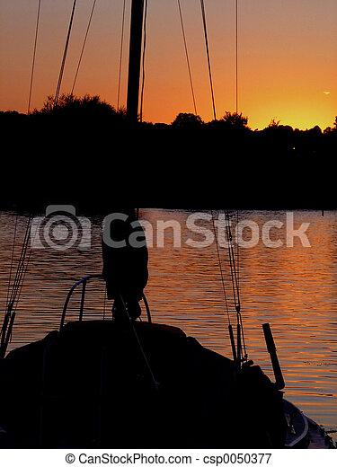 小游艇船坞, 日落 - csp0050377