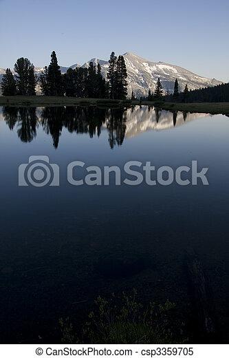 山湖 - csp3359705