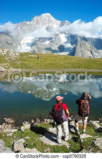 山, trekkers - csp0790328