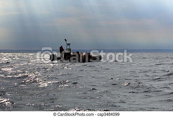州, 乗客, lawrence, 水, 浮く, 川, ケベック, ディンギー, 暗い, 黄道帯, カナダ, st. 。 - csp3484099