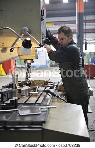 工人, 工廠, 人們 - csp3782239