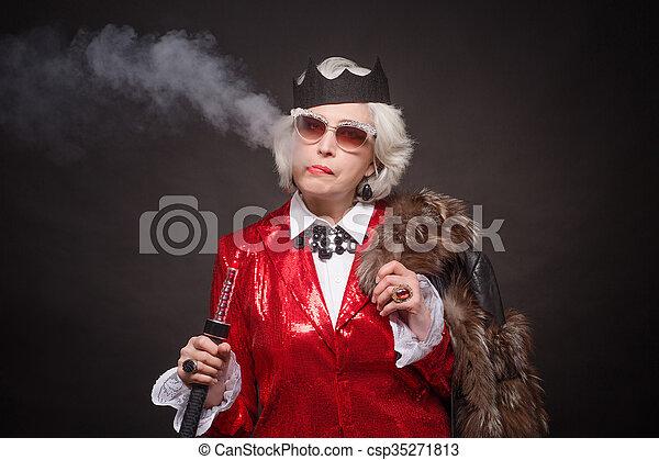 年長の 女性, 豊富 - csp35271813