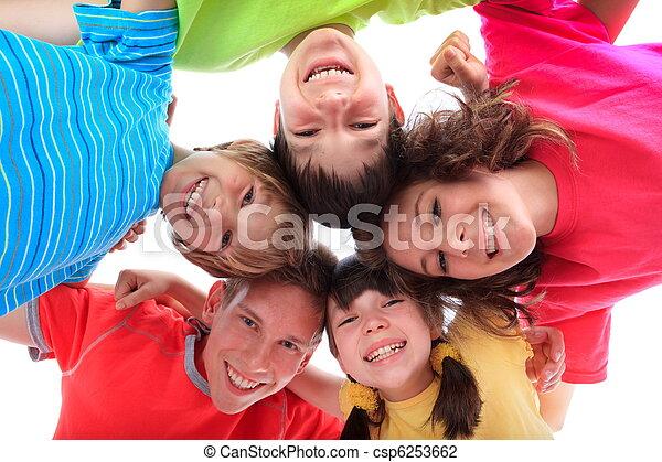 幸せな微笑すること, 子供 - csp6253662