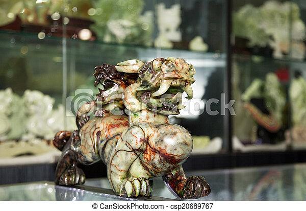 店, 伝統的である, 贈り物, 中国のドラゴン - csp20689767