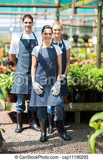 庭師, 肖像画, グループ, 温室 - csp11196293