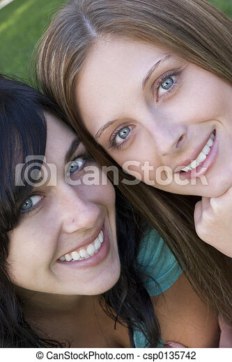 微笑, 女性 - csp0135742