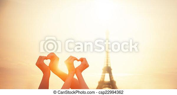 心, 恋人, パリ, 提示, エッフェル, 2, 形, t, 手 - csp22994362