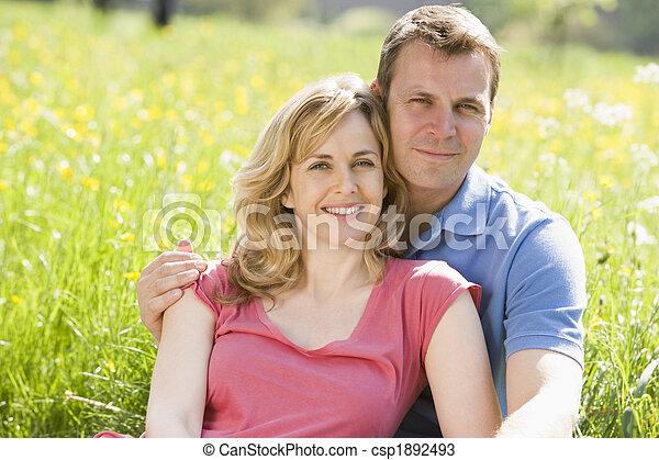 恋人, モデル, 微笑, 屋外で - csp1892493