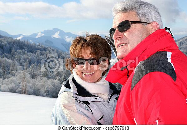 恋人, 休日, 成長した, スキー - csp8797913