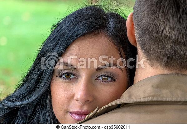 恋人, 好色的である, 公園 - csp35602011