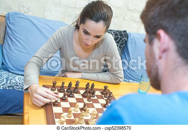 恋人, 遊び, ティーネージャー, チェス - csp52398570