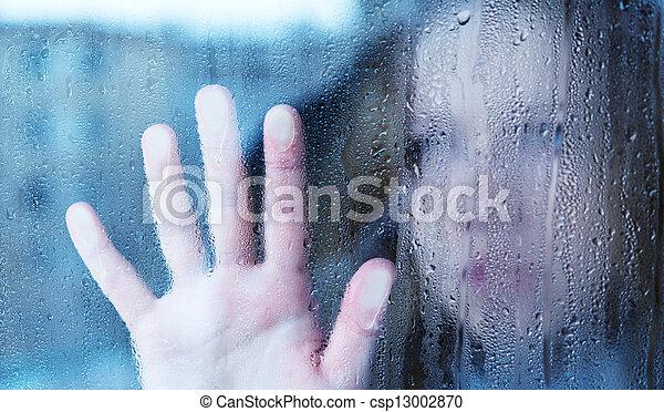 悲伤妇女, 窗口, 大雨, 忧郁, 年轻 - csp13002870