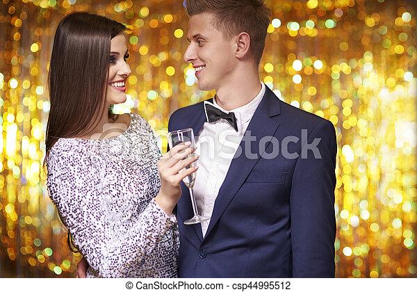 慶祝, 夫婦, 前夕, 新年 - csp44995512
