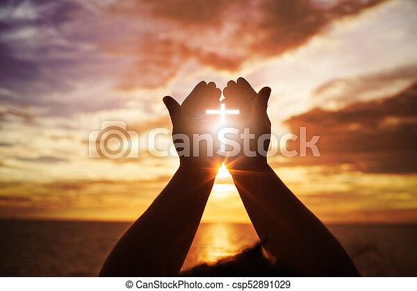 戦い, eucharist, 開いた, やし, 勝利, 人間, 神, カトリック教, の上, repent, キリスト教徒, イースター, 概念, 助力, 貸された, 手, 心, バックグラウンド。, pray., 祝福しなさい, 宗教, worship., 療法 - csp52891029