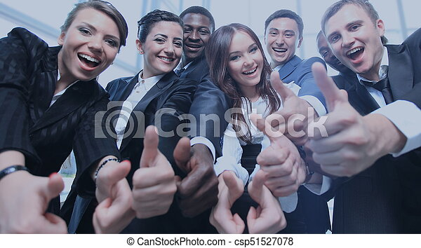 指すこと, ビジネス 人々, 若い, 肖像画, あなた, 興奮させられた - csp51527078