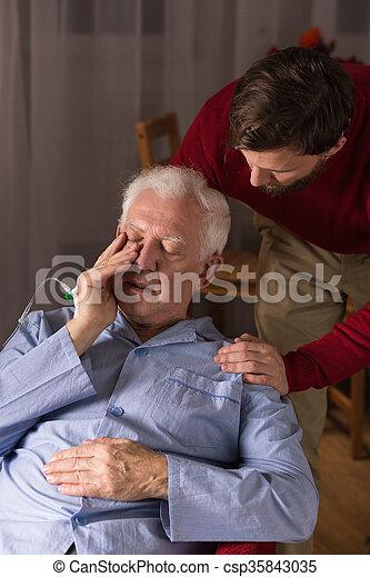 支持, 病気, 彼の, 父, 息子 - csp35843035