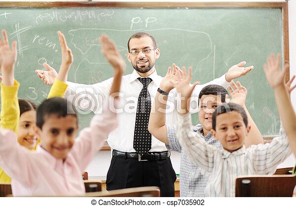 教室, 活動, 学校, 勉強, 教育, 子供, 幸せ - csp7035902
