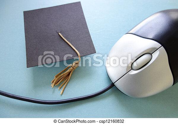 教育, オンラインで - csp12160832