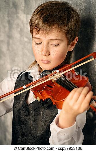 教育, ミュージカル - csp37923186