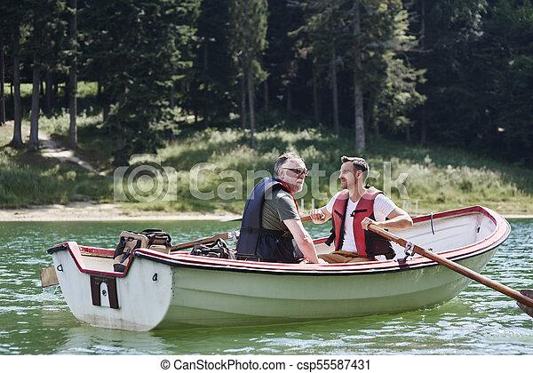 旅行, ボート, 男性, 釣り, の間 - csp55587431