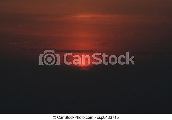 日没 - csp0433715