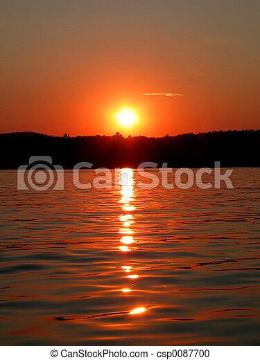 日没, 湖 - csp0087700