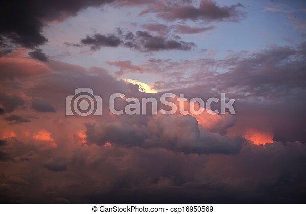 日没, 雲 - csp16950569