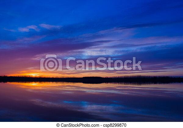 日落, 色彩丰富 - csp8299870