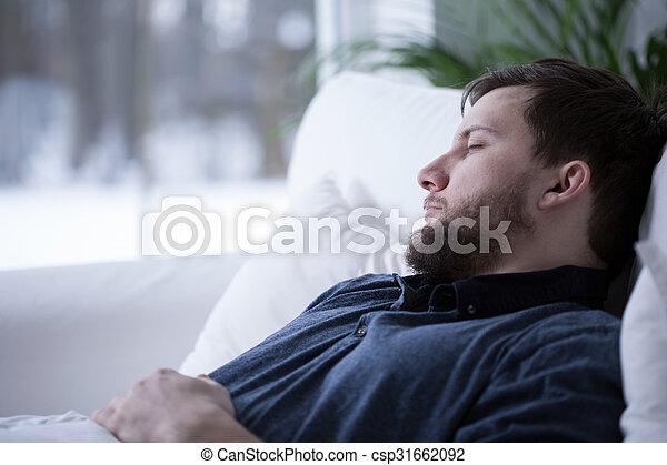 昼寝, 持つこと, 人 - csp31662092