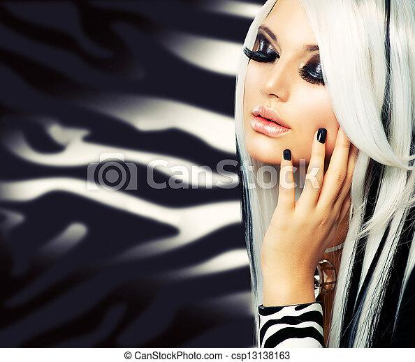 時裝, 美麗, 白色, 長的頭髮麤毛交織物, 黑色的女孩, style. - csp13138163