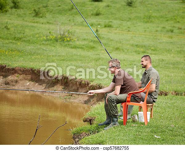 朋友, 湖捕魚 - csp57682755