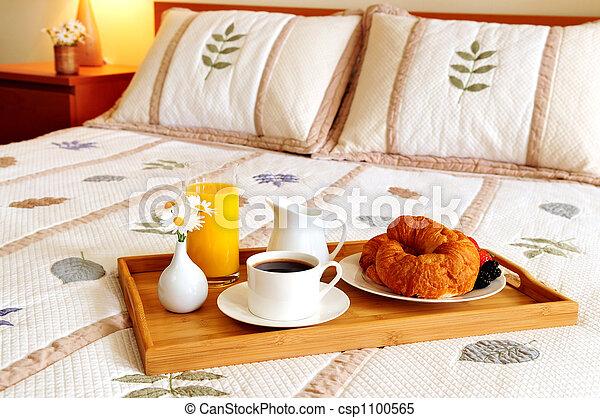 朝食, ホテルの部屋, ベッド - csp1100565