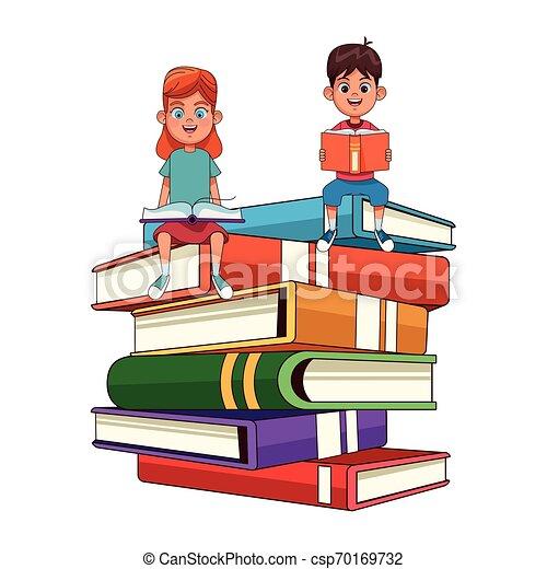 本, 大きい, 子供, 積み重ねられた, 若い - csp70169732