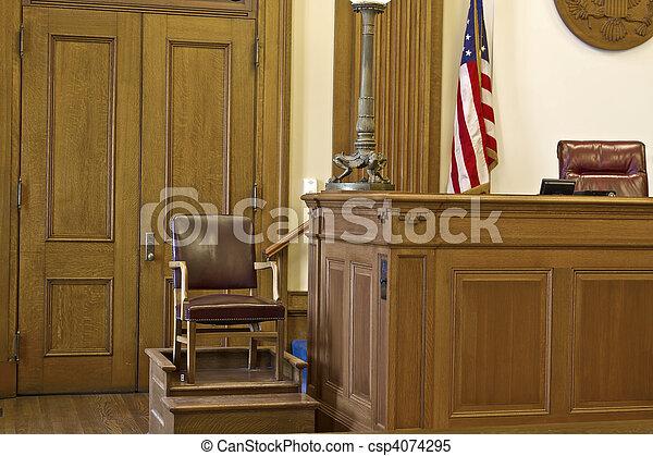 椅子, 法廷, 目撃者, 立ちなさい - csp4074295