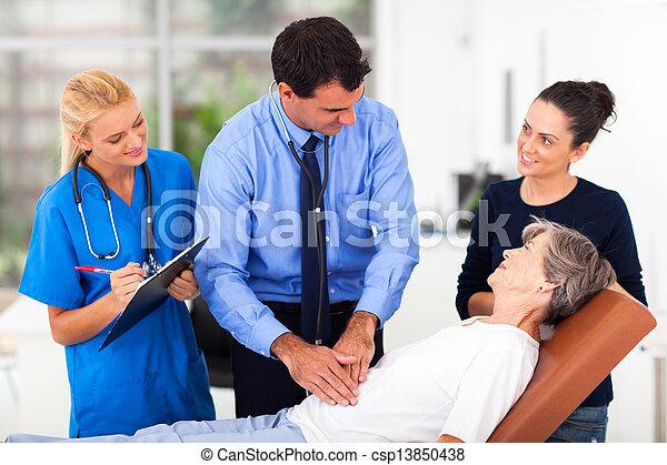 検査, 医学, 患者, シニア, 医者 - csp13850438