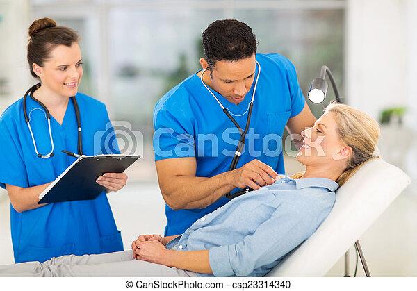 検査, 医学, 患者, シニア, 医者 - csp23314340