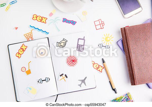 業績, 概念, 仕事, pushpin, アイコン, 毎日, 行動, 創造的, 計画, 場所, ゴール, 矢, ターゲット, 文房具, life., 組織者, 日, coffee. - csp55943047