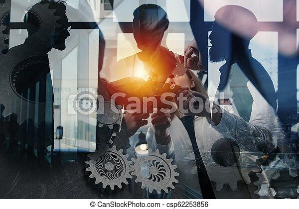 概念, ギヤ, overlay., ダブル, 困惑, 始動, 統合, 小片, チームワーク, partners., さらされること - csp62253856