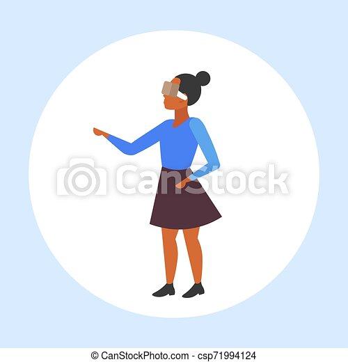概念, 現代, vr, フルである, によって, 女性, 女の子, 技術, ヘッドホン, 特徴, アメリカ人, バーチャルリアリティ, デジタル, 3d, 身に着けていること, 平ら, 女, 漫画, 経験, 長さ, アフリカ, ビジョン, ガラス - csp71994124
