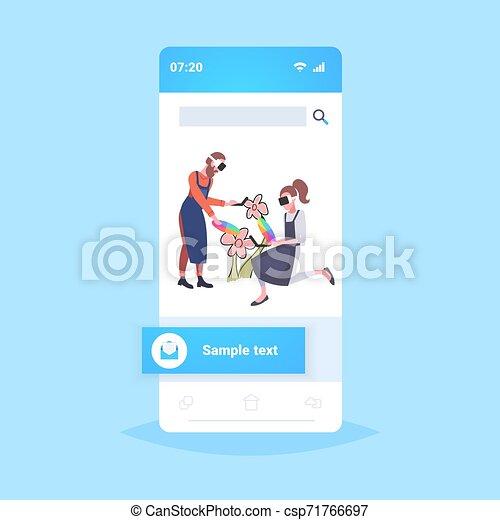 概念, 色, smartphone, によって, 技術, ヘッドホン, パレット, 花, バーチャルリアリティ, 画家, 保有物, スクリーン, 3d, 身に着けていること, フルである, 恋人, コントローラー, 経験, 長さ, augmented, 図画, ガラス - csp71766697
