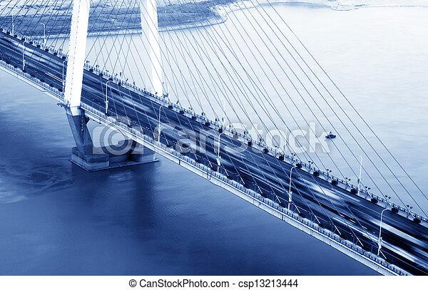 橋梁, 晚上 - csp13213444