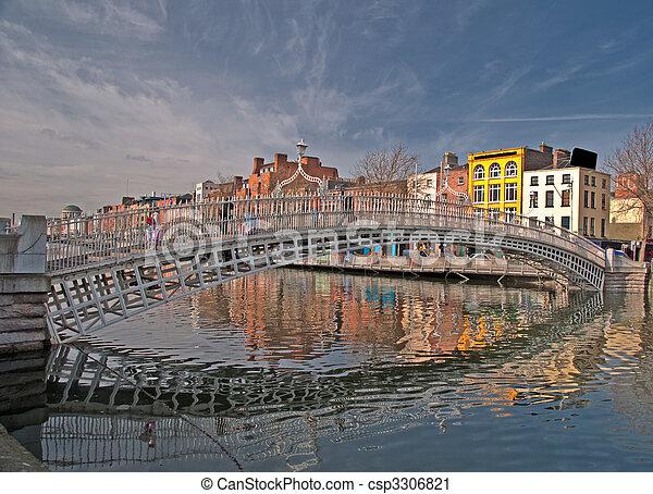 橋, ペニー, ダブリン, 有名, アイルランド, ランドマーク, おや - csp3306821