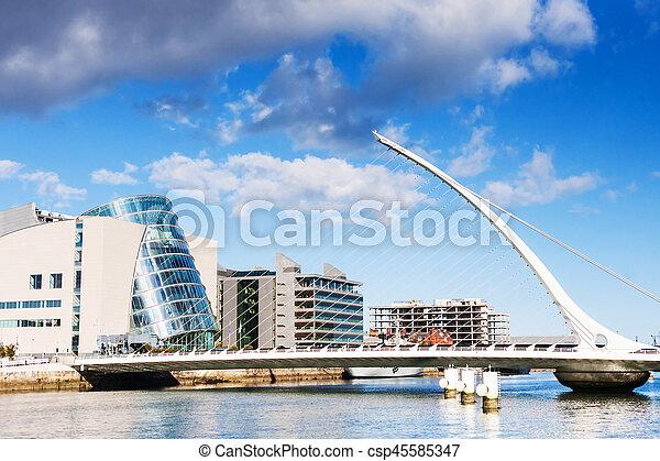 橋, samuel, ダブリン, アイルランド, beckett - csp45585347