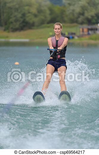 水, 女の子, スキー, 若い, 幸せ - csp69564217