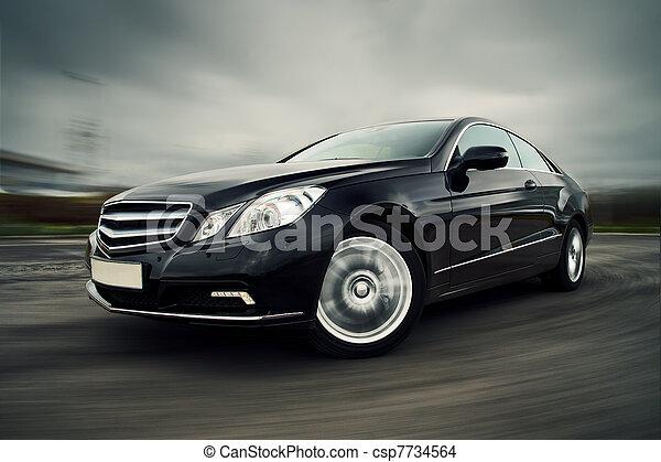 汽車, 迅速地開車 - csp7734564