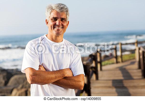活動的, 年齢, 浜, 中央の, 人 - csp14009855