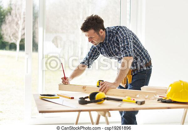 測定, 木製である, 人, 板, フォーカス - csp19261896