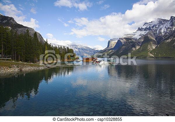 湖, 駅, 絵のよう, ボート - csp10328855